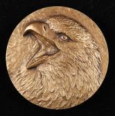 沈阳造币有限公司发行鹰图腾大铜章一枚(直径:60mm、带盒、带证书)