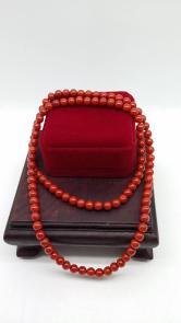 南红玛瑙108珠手串一件(带盒)