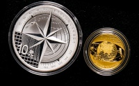 2013年北斗卫星导航系统开通运行精制金银币二枚一套(含1/3盎司金、1盎司银、原盒、带证书)