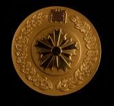 日本98.3克银章一枚(带盒)