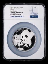 2019年熊猫150克精制银币一枚(首期发行、原盒、带证书、NGC PF70)