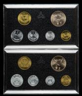 1985年长城币壹圆、伍角、壹角、中国硬币伍分、贰分、壹分各二枚,共12枚(带盒)