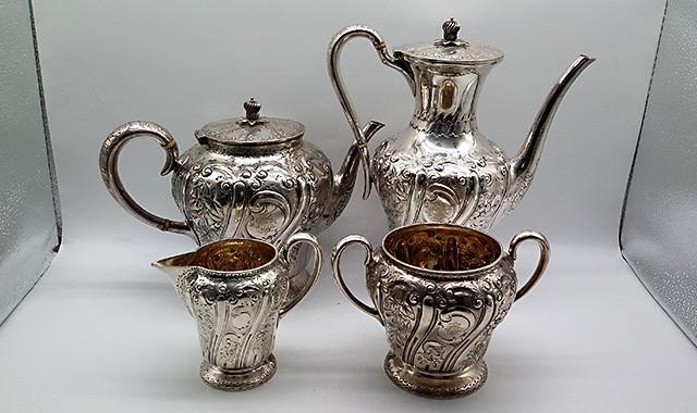 当代艺术_1899年英国谢菲尔德纯银茶具一套四件