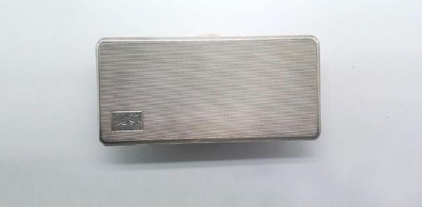 当代艺术_1944年英国伯明翰纯银烟盒一件