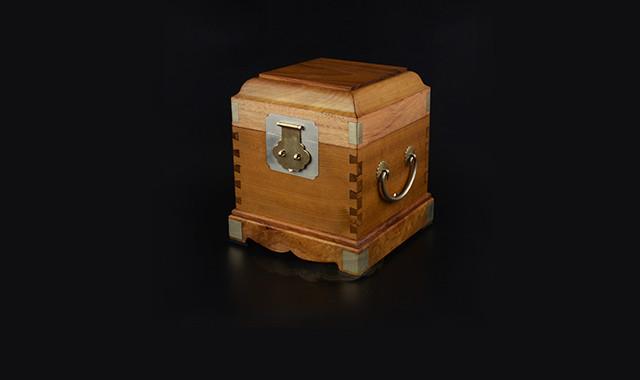 當代藝術_金絲楠木百寶盒